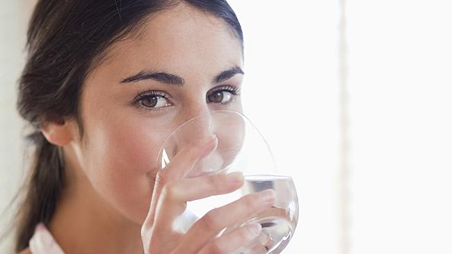 How can you tell if you're drinking enough water?