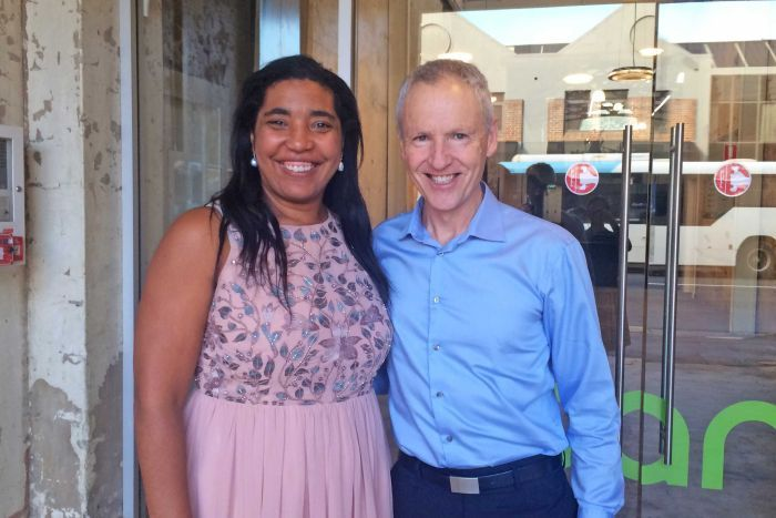 Photo: Antoinette Anazodo and Peter Orchard are keen to see more Medicare backing. (ABC News: Lauren Waldhuter)