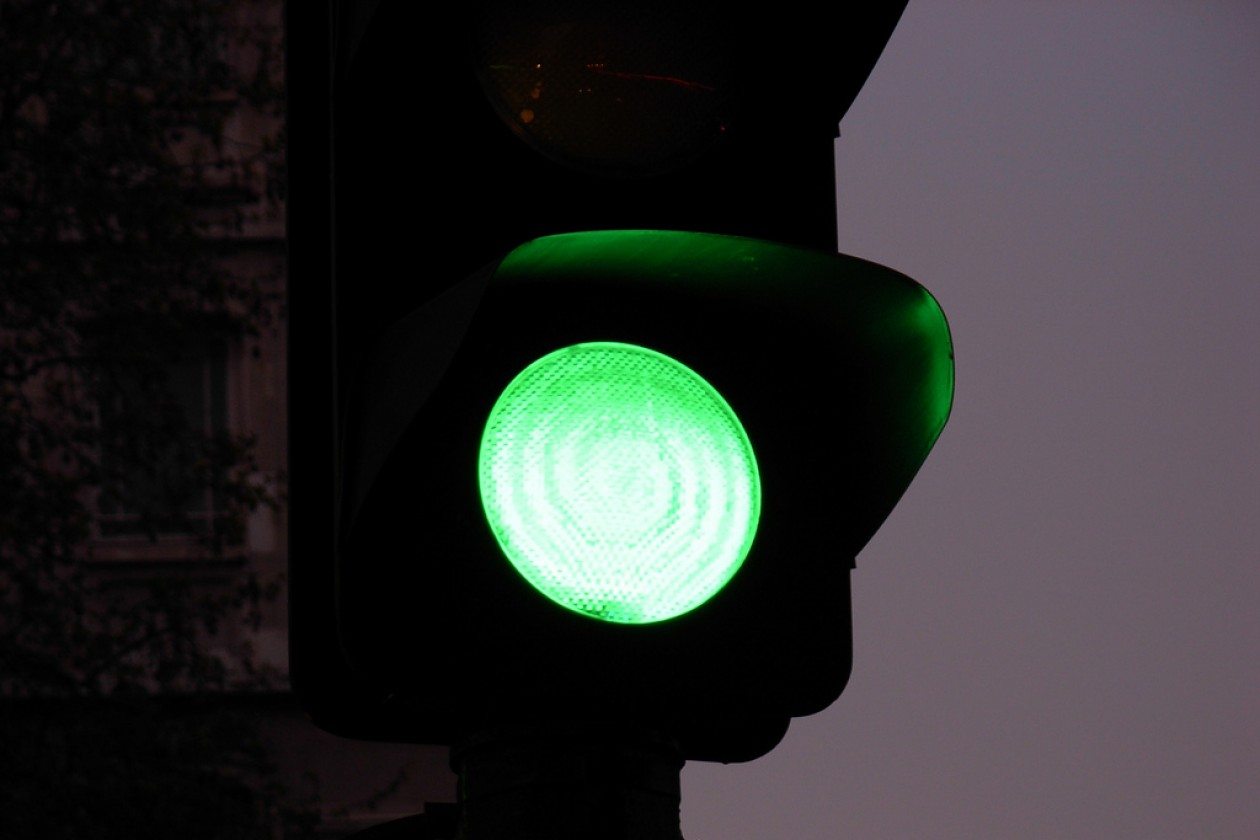 green-light-1260x840
